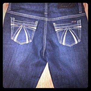Seven 7 jeans 4 bootcut never been worn!